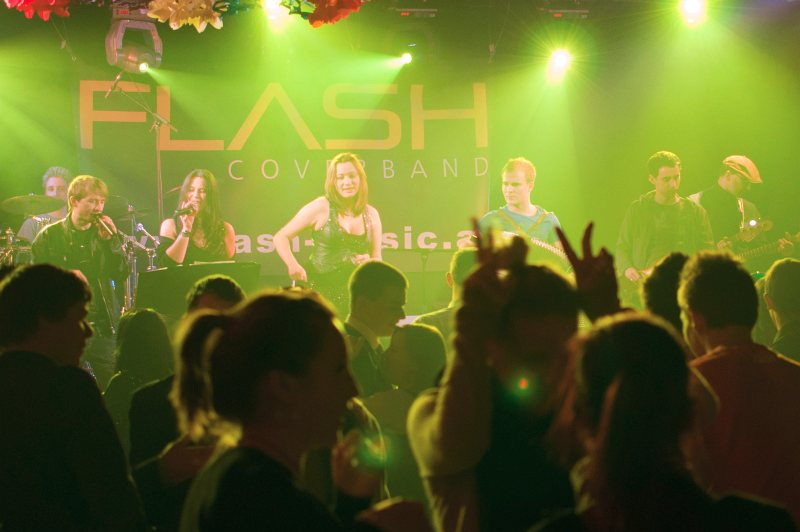Coverband Flash beim Riegler Fest in Pottenstein