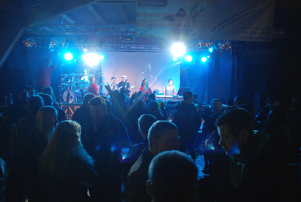 Coverband Flash auf der Energy Night in Miesenbach / Reichenthal
