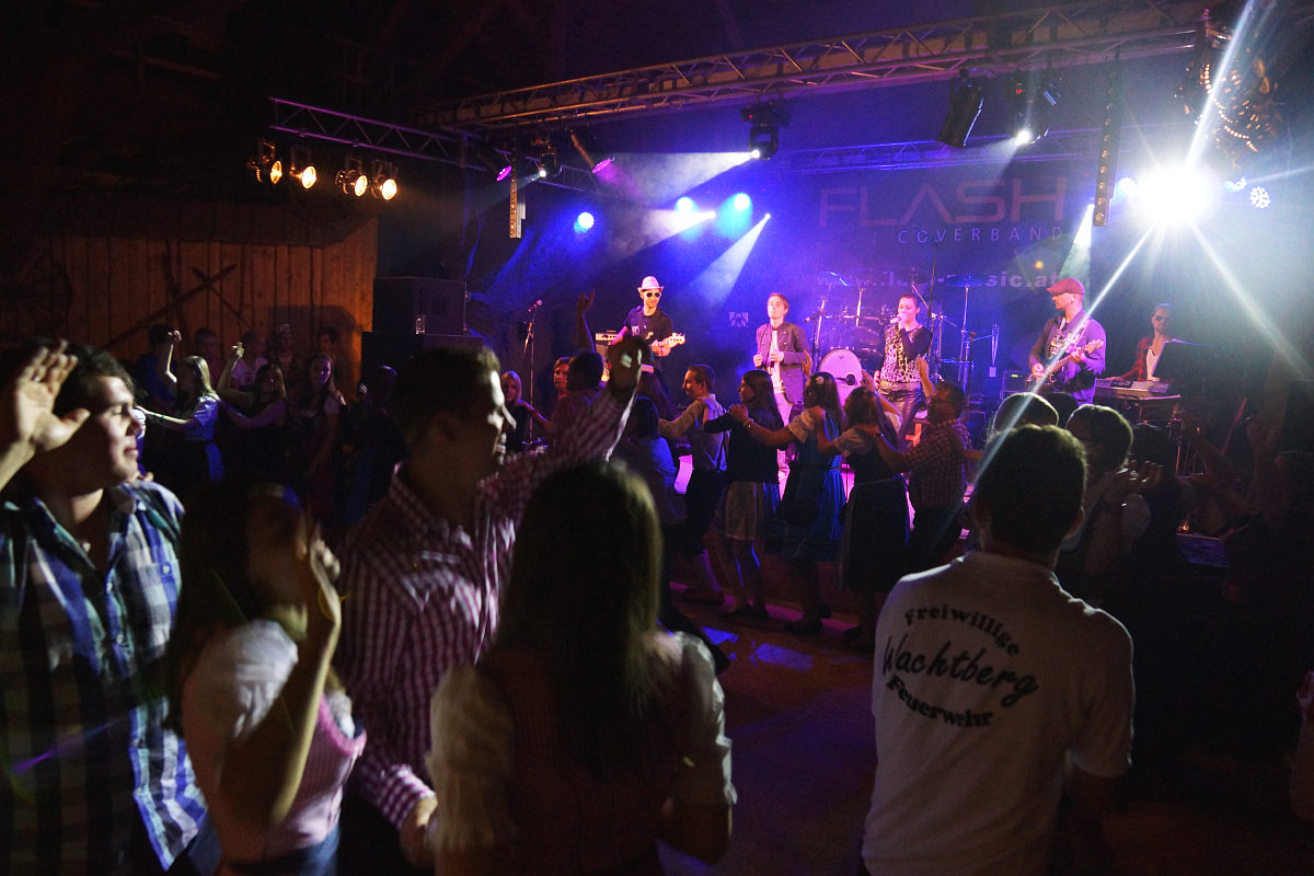 Partyband Flash am Grisu Almfest in Wurmbrand (Bezirk Zwettl / Waldviertel)
