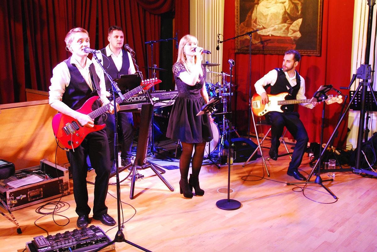 Tanzband Flash auf der Neumarkter Ballnacht 2016