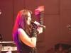 Sängerin Michaela der Coverband Flash beim Auftritt bei der Black Devils Night in Prägraten 2011