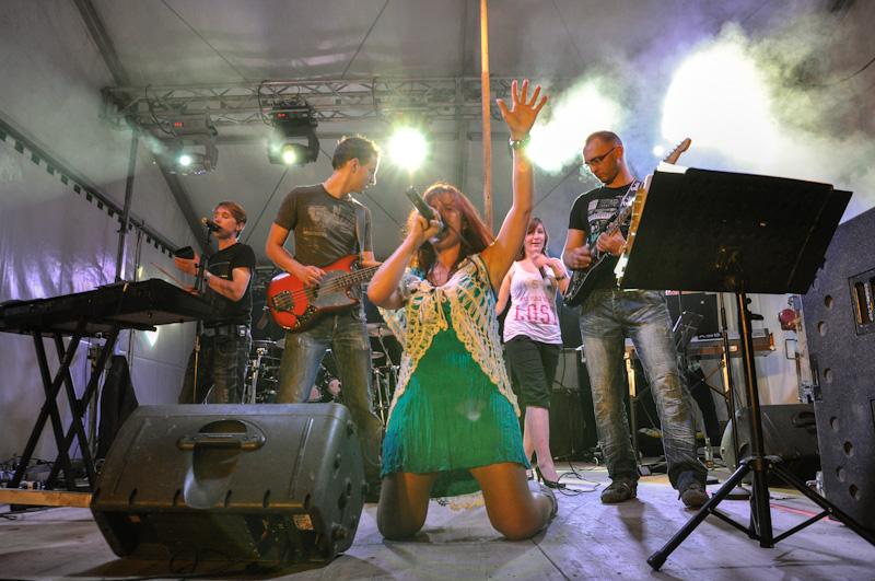 Partyband Flash beim Waldfest Mistelbach 2012