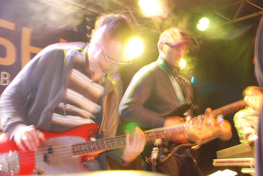 Bassist Michael und Gitarrist Stefan geben Vollgas beim Vollgasfest Schardenberg