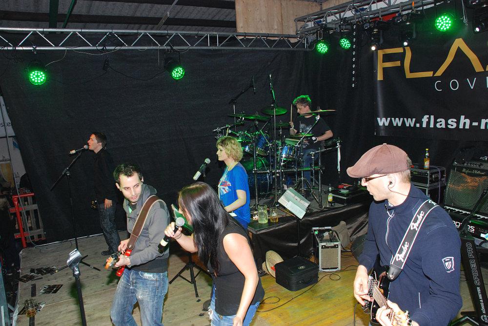 Flash beim Hallenfest in Tarsdorf