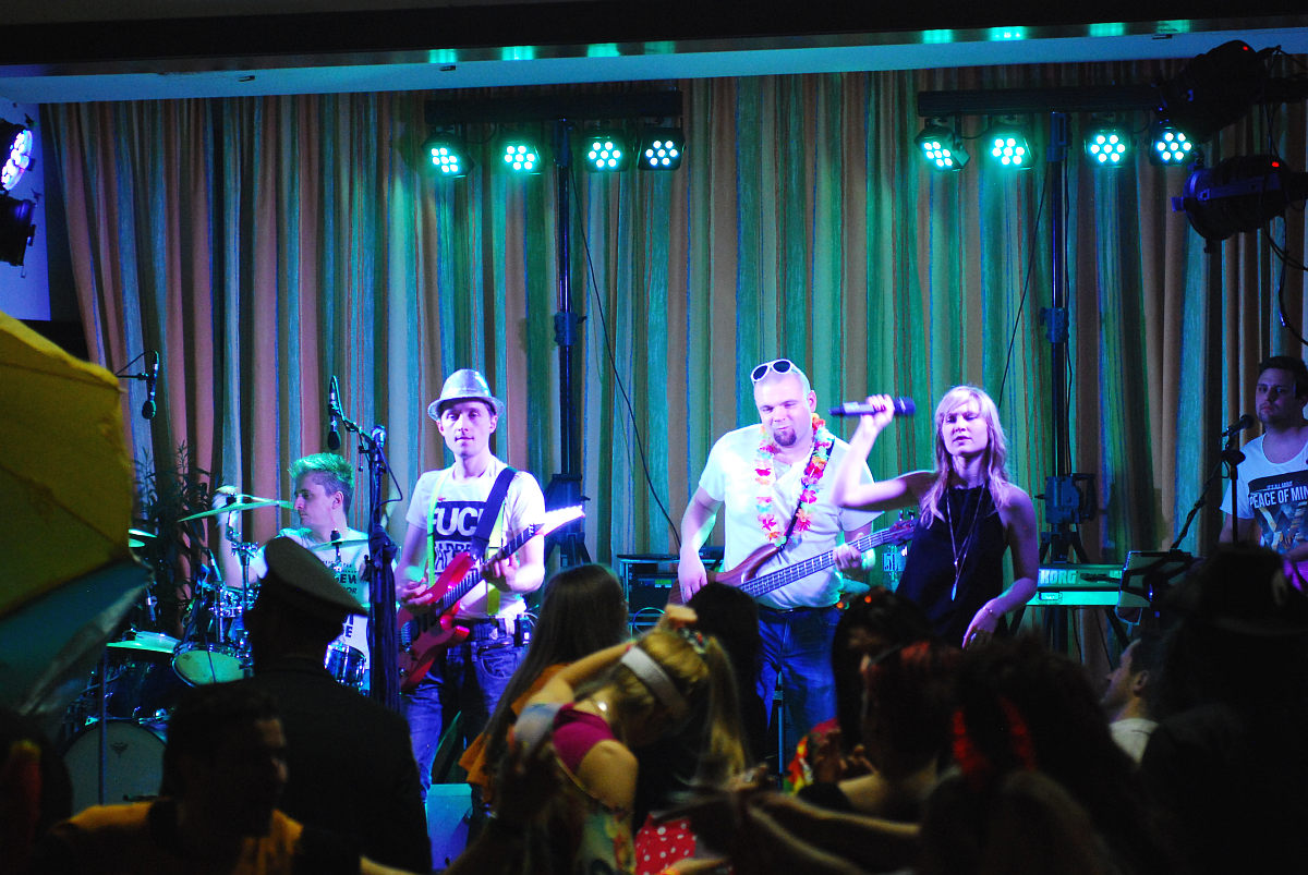 Partyband Flash am Maskenball Reichenthal 2016